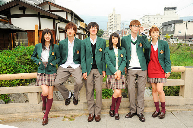 「orange オレンジ」のフル動画を無料でHulu・U-NEXT・TSUTAYAで視聴しよう!